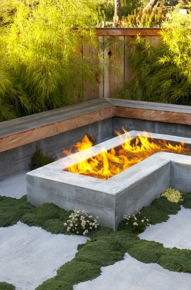 how to make a bondary surrounding the fire pit