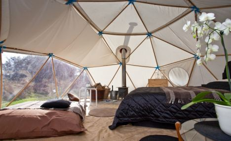 Pictured here is the interior of a wall-tent at MaryJanesFarm Bed u0026 Breakfast in Moscow Idaho. Organic farmer author entrepreneur and Idaho farmgirl ... & Camping Luxe : Inspiration | mercer INTERIOR